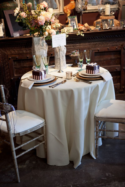 Sedona Wedding Studio table
