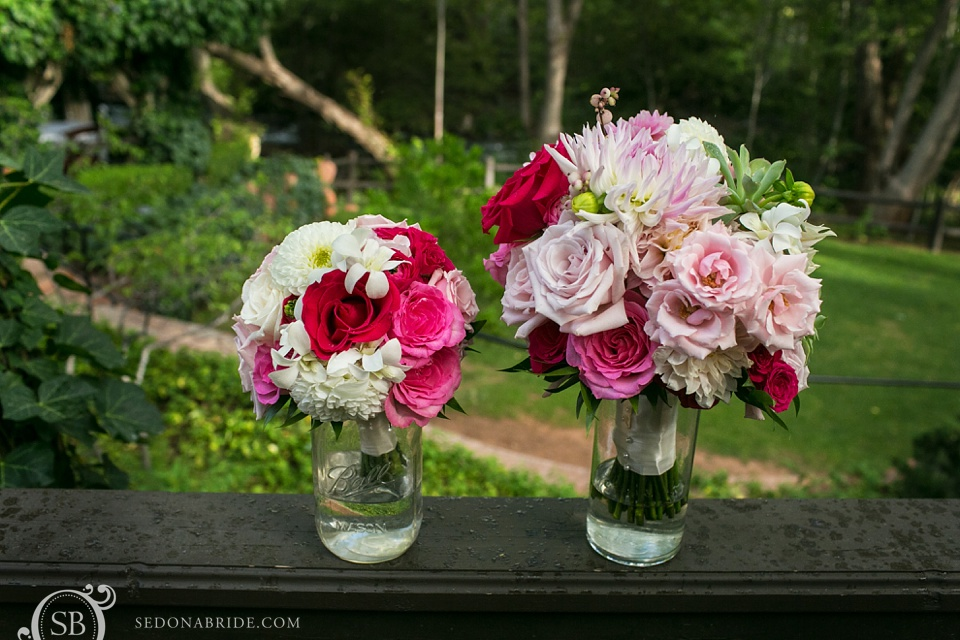Sedona wedding flowers