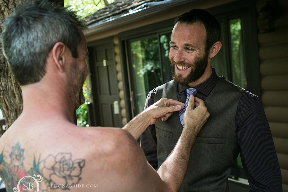Sedona groom prepares for his Arizona wedding at L'Auberge de Sedona